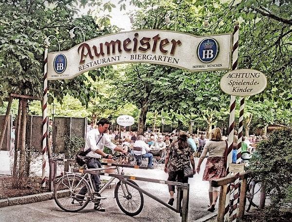 Radtour im Münchener Norden zum Biergarten Aumeister