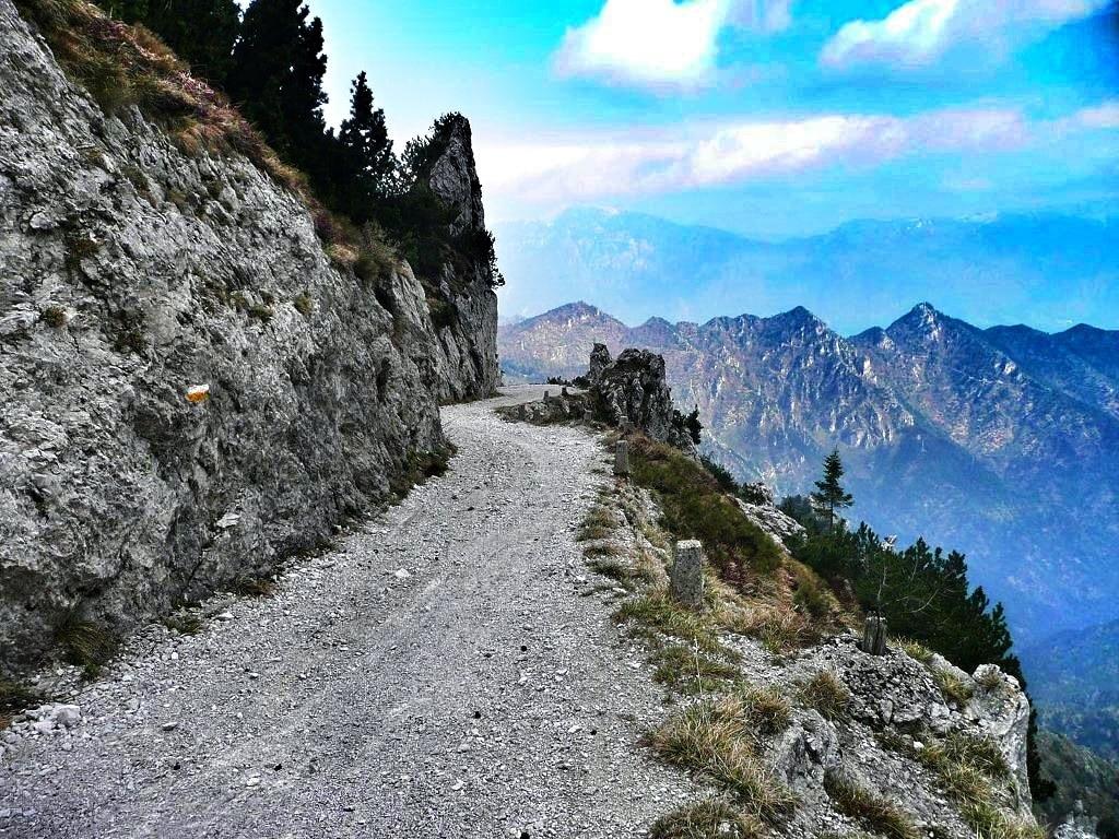 Biken am Gardasee: Der Klassiker vom Gardasee zum Tremalzopass