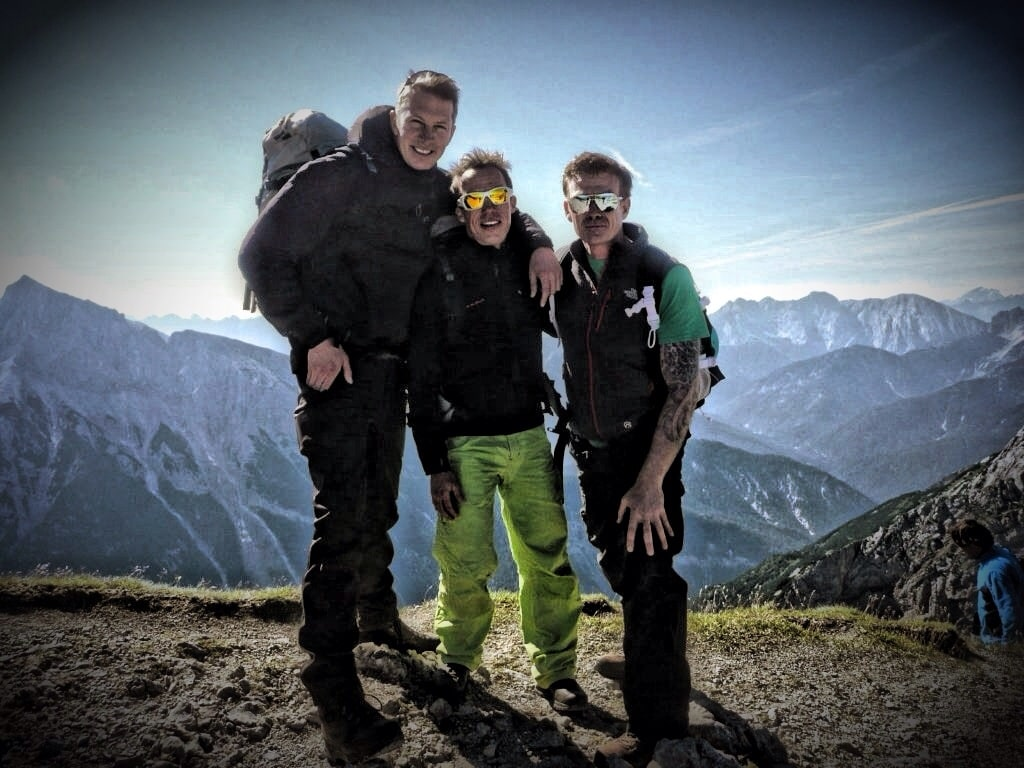 Klettersteigset Verleih Berchtesgaden : Mittenwalder höhenweg: klettersteig und wanderung im karwendelgebirge.