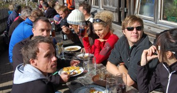 Hikeandbike-Facebook Fans auf der Tegernseer Hütte