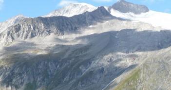 Blick auf den Großvenediger - da er einen Gletscher zu queren hat, nicht in den Top 5