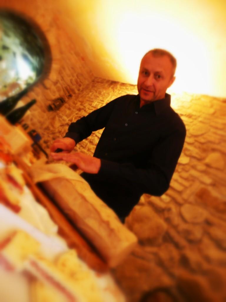 Der berühmte Grubenkäse aus der Emilia Romagna - hier in der Fosse Brandinelli