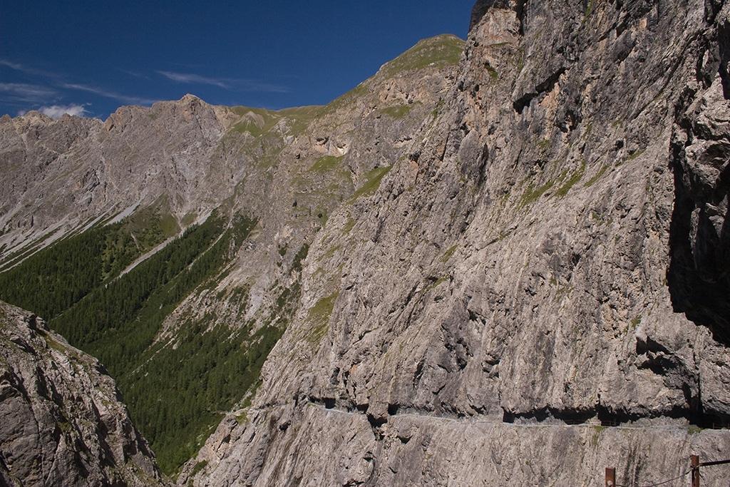 Uina Schlucht - Traumpass in den Alpen