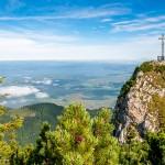 Heuberg Wandern: Hinauf zum Heuberg im Rosenheimer Land