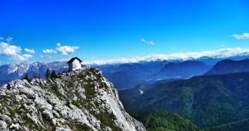 Klettersteig in den Nordalpen: Blick vom östlichen Brünnstein