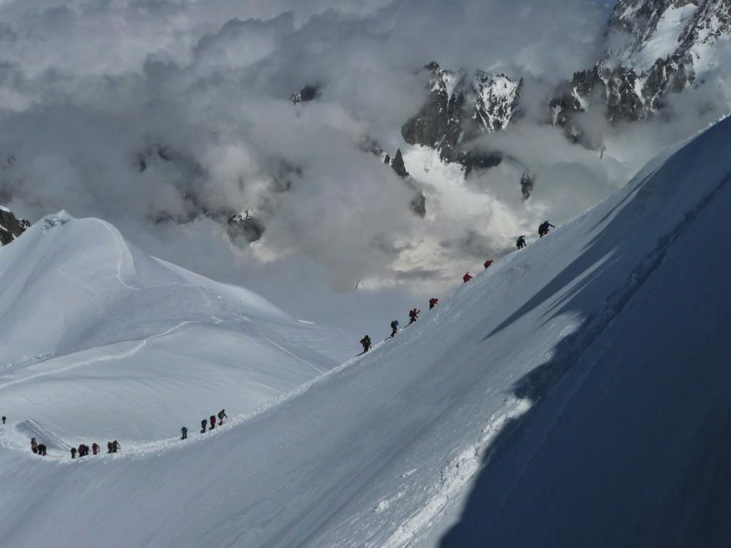 Mont Blanc: Aufstieg am Cosmique Grat zur Aiguille du Midi