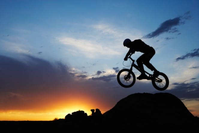 Mountainbike - Urlaub aktiv genießen © Thomas Northcut/Digital Vision/Thinkstock