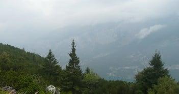 Mountainbike in den Brenta Dolomiten: Blick auf den Molvenosee