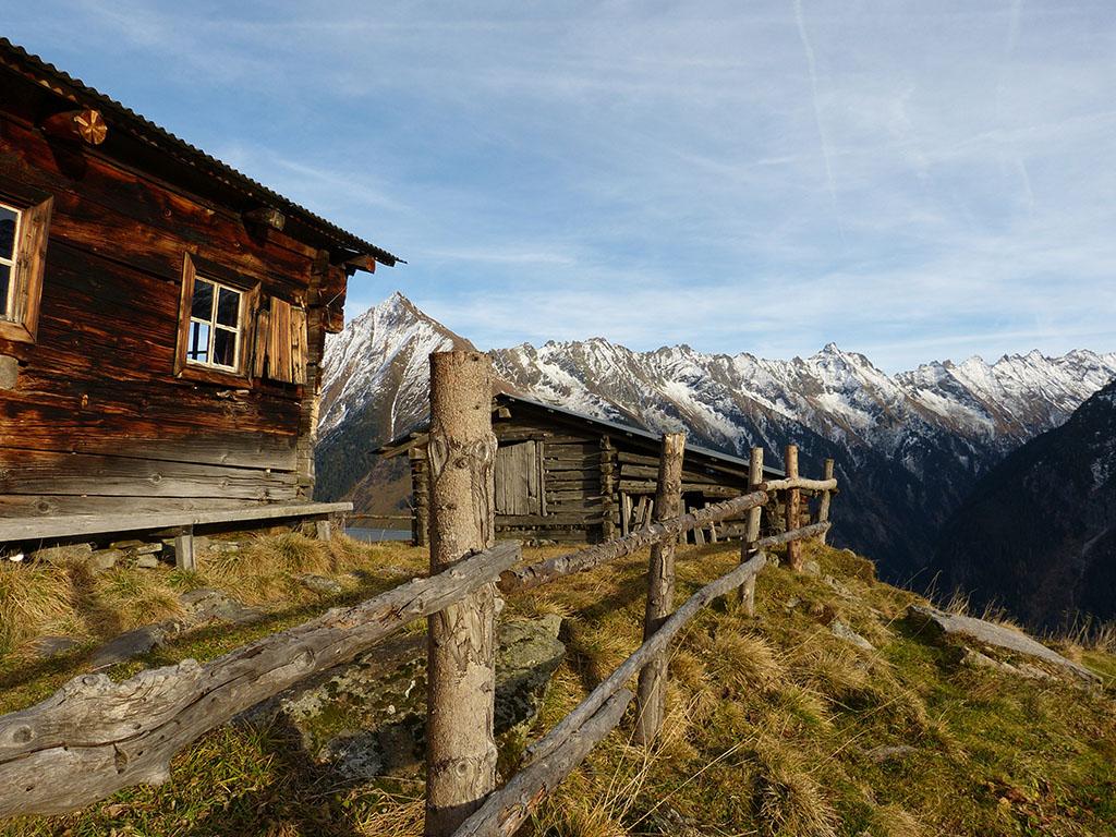 Bergpanorama in den Zillertaler Alpen in Tirol