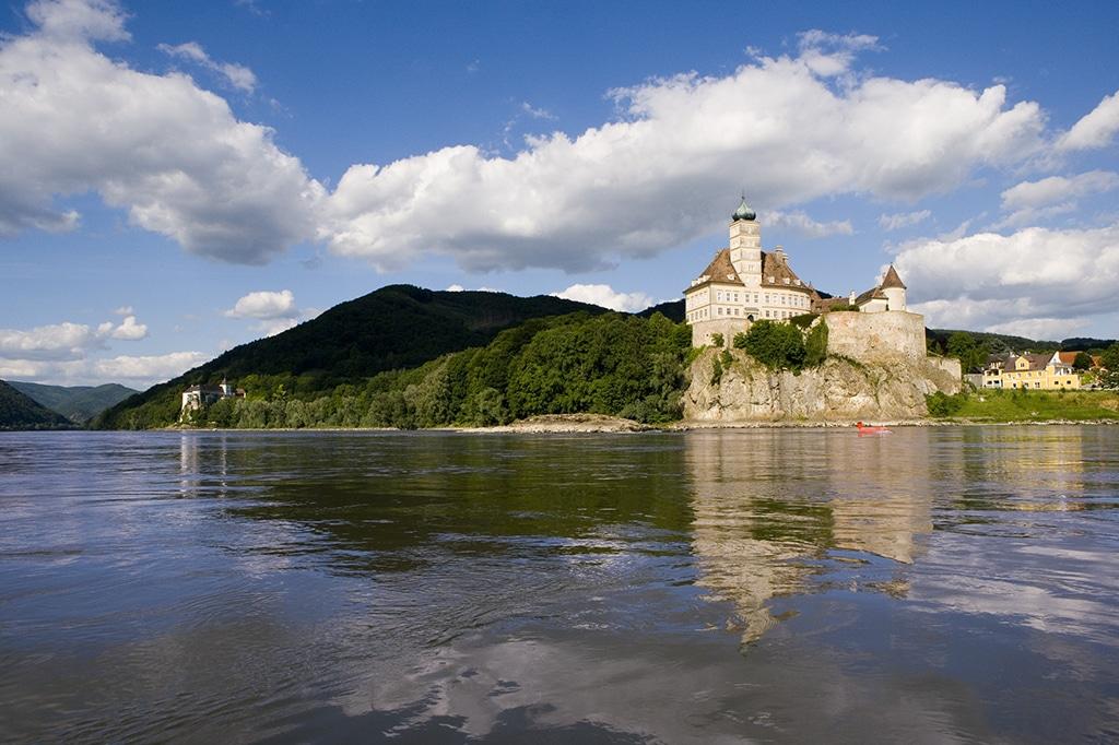Donau und Sehenswürdigkeiten