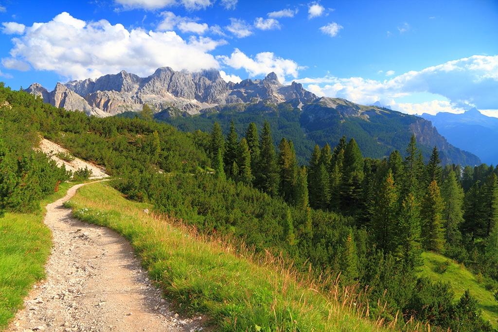 Blick auf die Brenta Dolomiten im Trentino