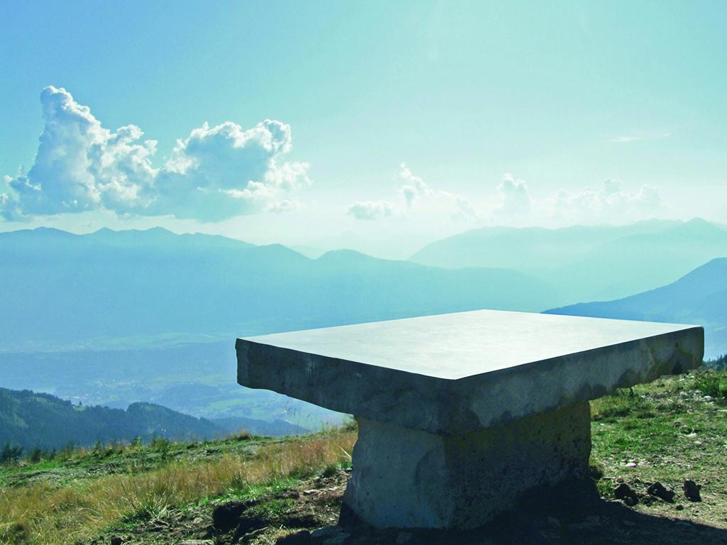 Steinerner Tisch Millstätter Höhensteig