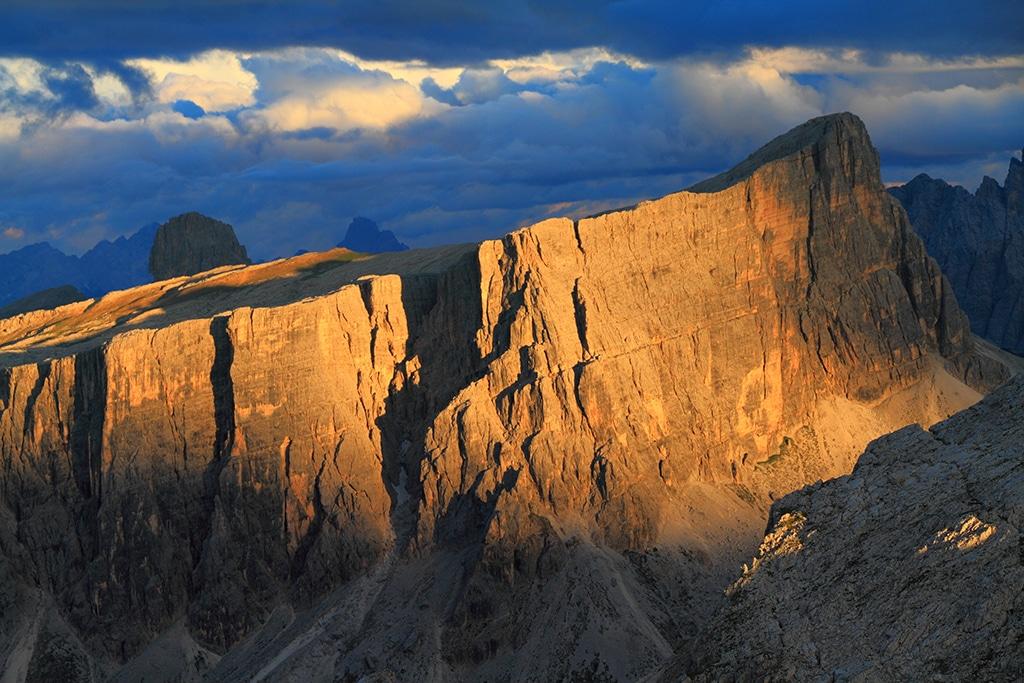 Typische Gebirgstöcke in den Dolomiten