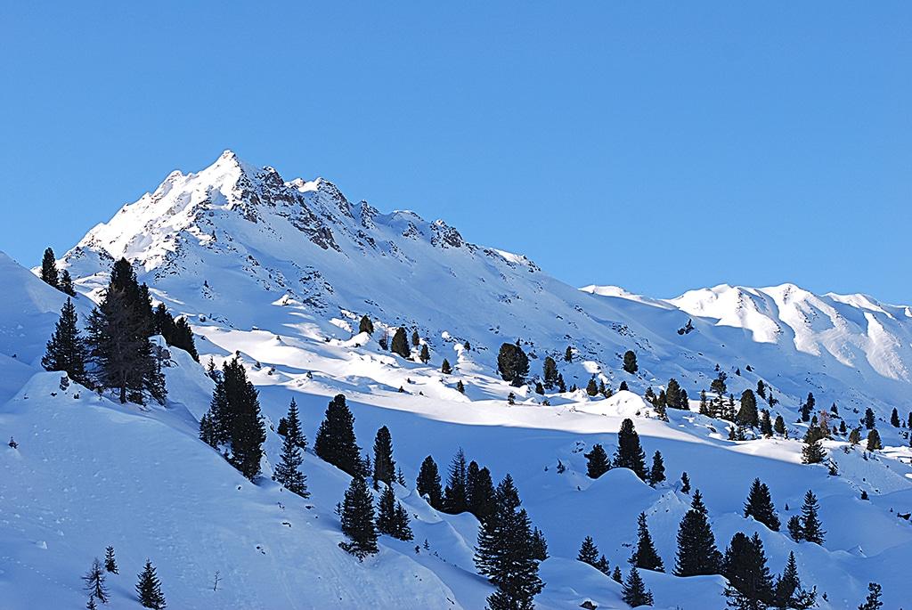 Winterlandschaft im Berner Oberland