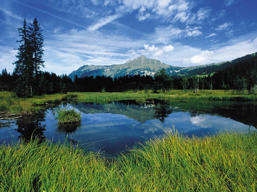 Der Lauenensee im Saanenland