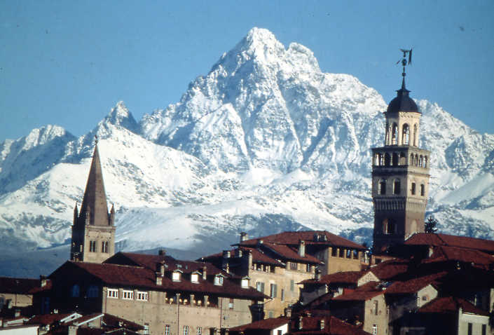 Saluzzo in der Provinz Cuneo Italien