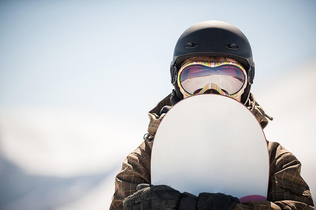 Goggles und Snowboard