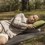 Produkttest: Das aufblasbare Outdoor Kopfkissen für Traveller & Camping-Freunde